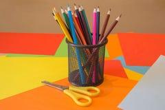 покрашенные карандаши Карандаши текстуры покрашенные древесиной Стоковые Изображения