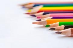 покрашенные карандаши на белой предпосылке Стоковое Изображение RF