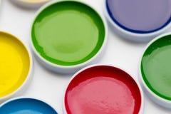Покрашенные краски акварели, который нужно нарисовать вверх по большому Стоковые Изображения RF