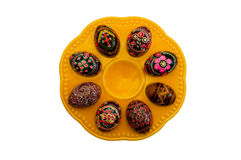 покрашенные пасхальные яйца тарелки Стоковые Изображения RF