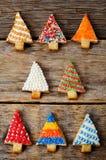 Покрашенные печенья рождественской елки Стоковое Изображение RF