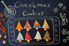 Покрашенные печенья рождественской елки Стоковые Фото