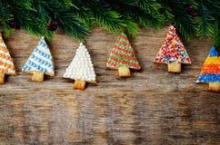 Покрашенные печенья рождественской елки Стоковая Фотография