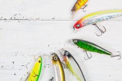 Покрашенные пластичные wobblers прикормом рыбной ловли Стоковые Фотографии RF