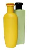 Покрашенные пластичные бутылки с жидкостным мылом и Стоковая Фотография RF