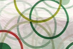 Покрашенные резиновые кольца на белой предпосылке Стоковое фото RF