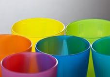 покрашенные чашки пластичные Стоковая Фотография RF