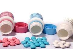 покрашенные multi таблетки Стоковые Фотографии RF