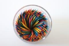 покрашенные toothpicks стоковые фотографии rf