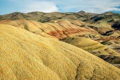Покрашенный блок холмов национального монумента кроватей дня Джона ископаемого Стоковая Фотография RF