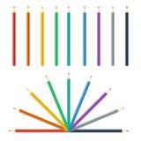 Покрашенный комплект карандашей яркий красочный также вектор иллюстрации притяжки corel Стоковые Изображения RF