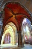 Покрашенный свод с королевским солнцем в соборе Сент-Этьен de Bourg Стоковое Фото