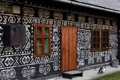Покрашенный фольклорный дом Стоковое Фото
