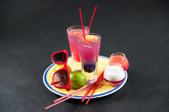2 покрашенных питья, сочетание из синее с пурпуром, Стоковые Изображения