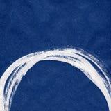 Покройте краской абстрактную нарисованную вручную предпосылку с падениями и брызните Стоковое фото RF