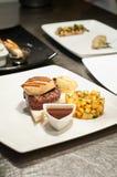 Покрывать тарелку gras foie стоковое фото rf
