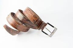 покрынная хромовая кожа пряжки пояса коричневая Стоковые Фотографии RF