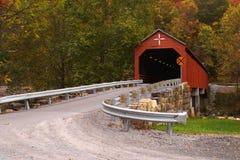 покрытое carrollton моста стоковое фото