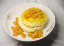 Покрытые закуски и печенья стоковое фото