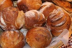 Покрытые коркой хлебцы хлеба Стоковые Фото