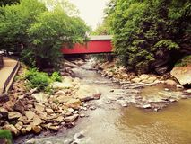 покрытый мост Стоковая Фотография
