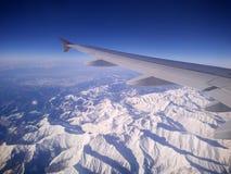 покрытый снежок гор Стоковая Фотография