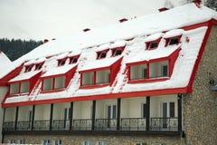покрытый снежок крыши Стоковое Изображение RF