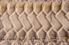 покрышка следов песка автомобиля предпосылки Стоковые Изображения RF