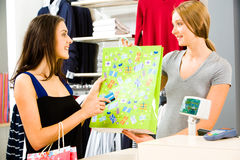 покупая одежды Стоковая Фотография RF