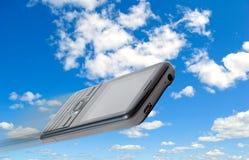 покупая сотовые телефоны продавая обслуживание стоковая фотография rf