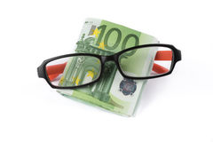 Покупая eyeglasses стоковые изображения rf