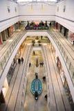 покупка мола многоуровневая Стоковые Изображения