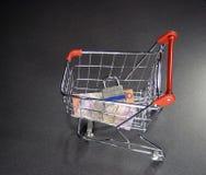 покупка тележки обеспеченная Стоковая Фотография RF