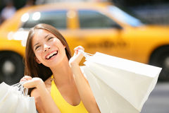 Покупки женщины покупателя в Нью-Йорке Стоковые Изображения
