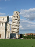 полагаясь башня pisa Стоковое фото RF