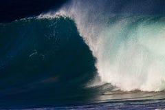 полая волна захода солнца рифа Стоковое фото RF