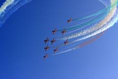 полет с выполнением фигур высшего пилотажа Стоковая Фотография RF