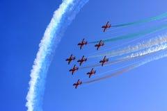 полет с выполнением фигур высшего пилотажа Стоковые Изображения