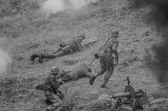 Поле брани с солдатами Стоковая Фотография