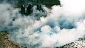 Поле гейзера El Tatio, пустыня Atacama, Чили акции видеоматериалы