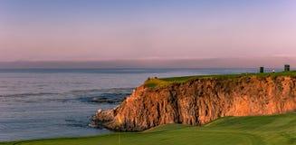 Поле для гольфа Pebble Beach, Монтерей, Калифорния, США стоковое изображение rf