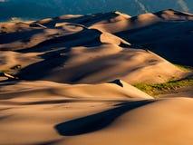 Поле дюны на заходе солнца/восходе солнца Стоковое Фото