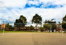 Поле и сеть волейбола стоковое фото