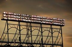поле освещает wrigley стоковая фотография rf