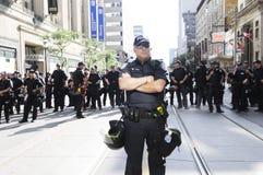 Полиции баррикад. стоковое изображение