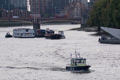 Полиция реки на патруле на Темзе Стоковое Изображение RF