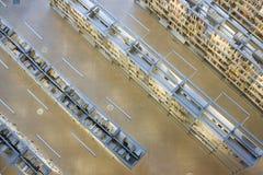 Полки книги в архиве Стоковое Фото