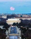Полная луна волка над мемориалом Линкольна Стоковые Изображения