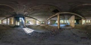 Полностью сферически безшовная панорама бетонные конструкции взгляда угла 360 градусов отказалась от незаконченного здания r стоковое фото rf