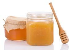 полным изолированная медом белизна ручки бака Стоковое Изображение RF